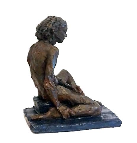 Aston_Figure-4